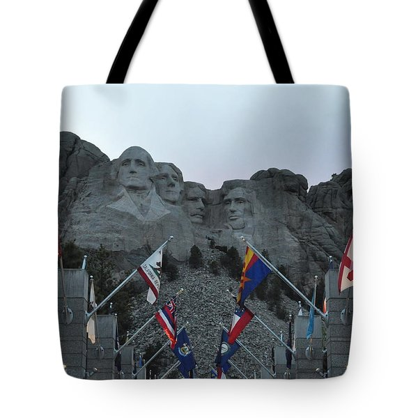Mt. Rushmore In The Evening Tote Bag