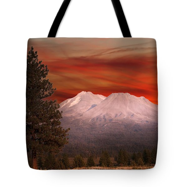 Mt Shasta Fire In The Sky Tote Bag