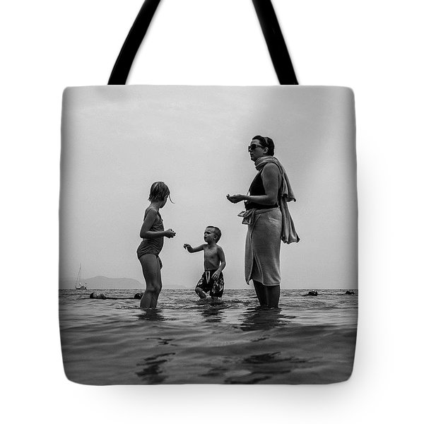 My Family In Thailand Tote Bag