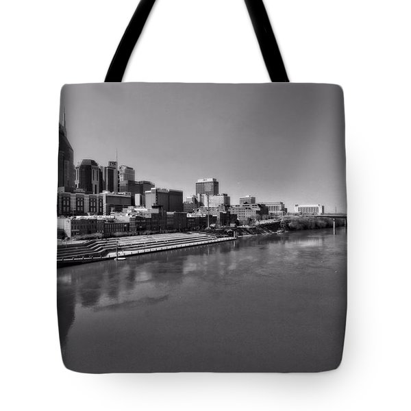 Nashville Skyline In Black And White At Day Tote Bag by Dan Sproul