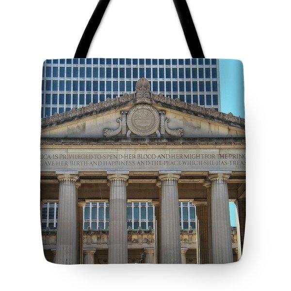 Nashville War Memorial Auditorium Tote Bag by Dan Sproul