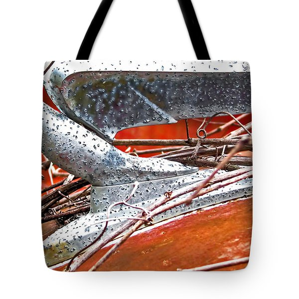Natures Noose Tote Bag