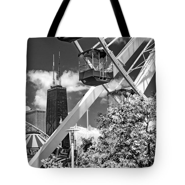 Navy Pier Ferris Wheel Black And White Tote Bag