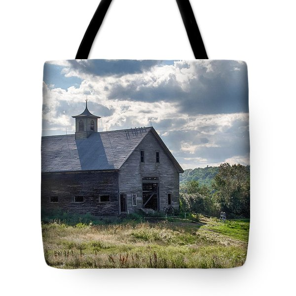 New Gloucester 7p00331 Tote Bag by Guy Whiteley
