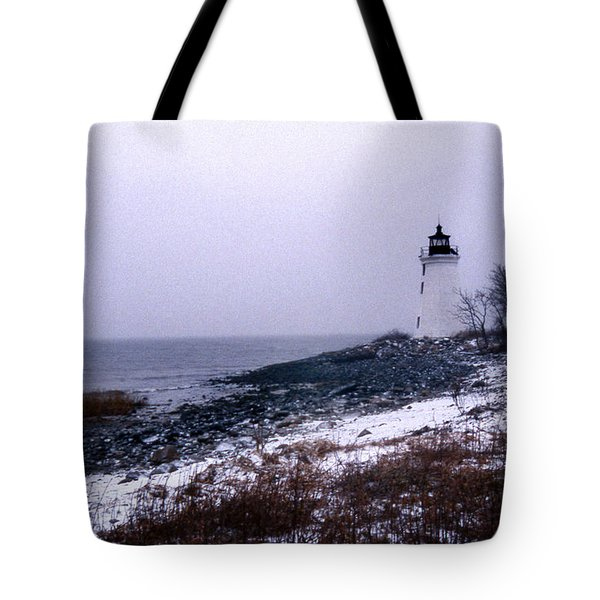 New Haven Harbor Lighthouse Tote Bag