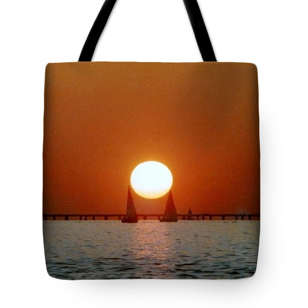 New Orleans Sailing Sun On Lake Pontchartrain Tote Bag