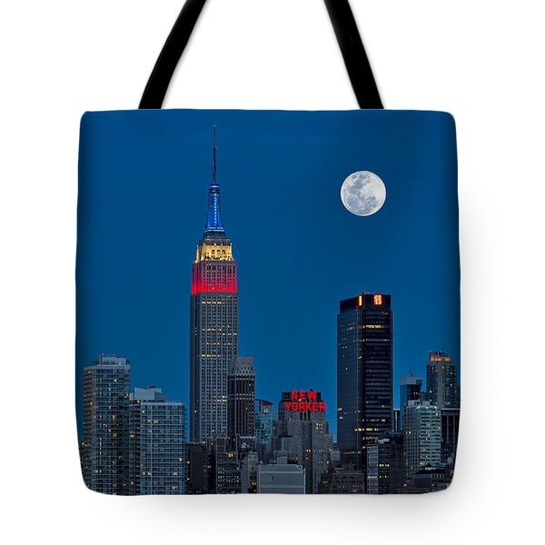 New York City Moonrise  Tote Bag by Susan Candelario