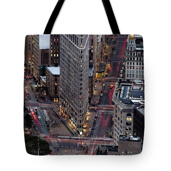 New York City Skyline Flatiron Building Tote Bag
