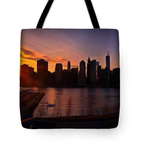 New York Skyline Sunset -- From Brooklyn Heights Promenade Tote Bag