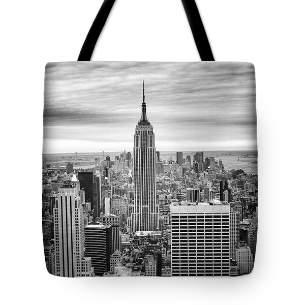 Black And White Photo Of New York Skyline Tote Bag