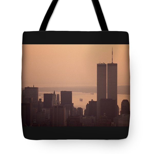 New York Sunset Tote Bag by Shaun Higson