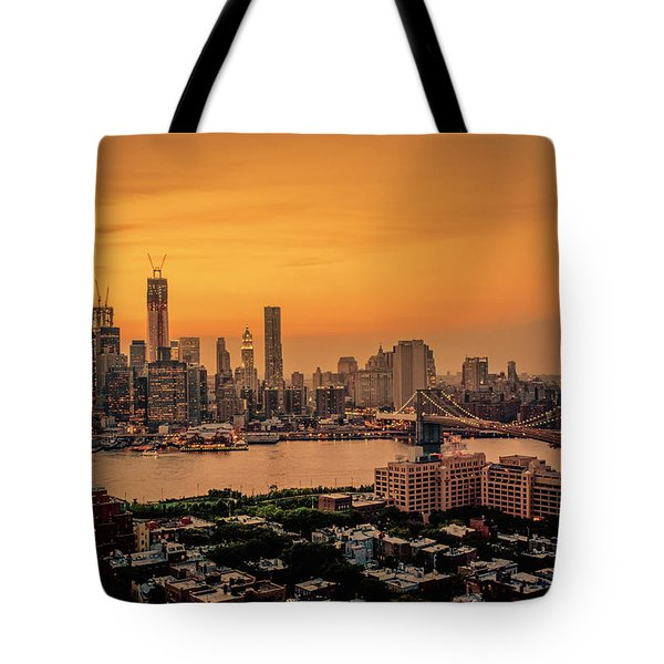 New York Sunset - Skylines Of Manhattan And Brooklyn Tote Bag by Vivienne Gucwa
