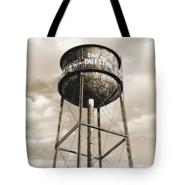 Tote Bag featuring the photograph New York Water Towers 11 - Greenpoint Brooklyn by Gary Heller