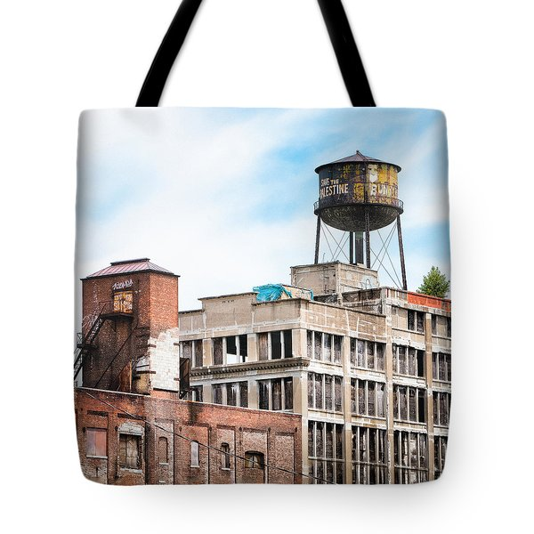 Tote Bag featuring the photograph New York Water Towers 18 - Greenpoint Water Tower by Gary Heller