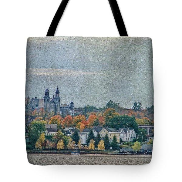 Newport In Autumn Tote Bag by Deborah Benoit