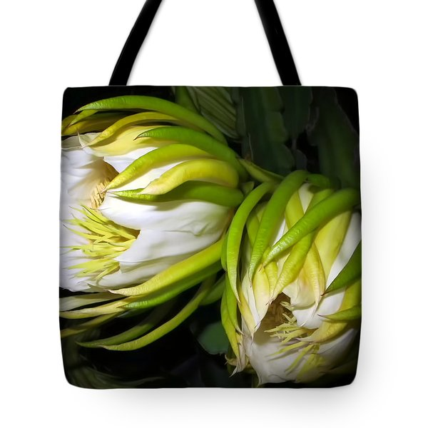 Night Blooming Cereus 31 Tote Bag by Dawn Eshelman