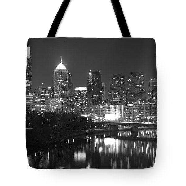 Tote Bag featuring the photograph Nighttime In Philadelphia by Alice Gipson
