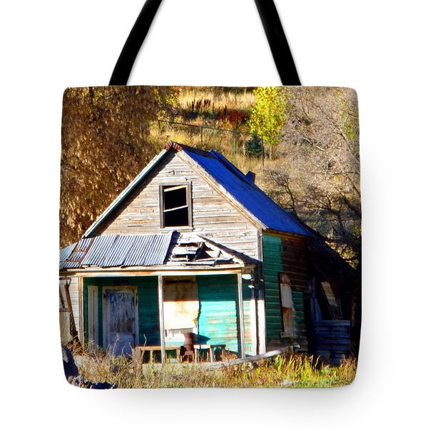 Tote Bag featuring the photograph Nobody's Home by Jackie Carpenter