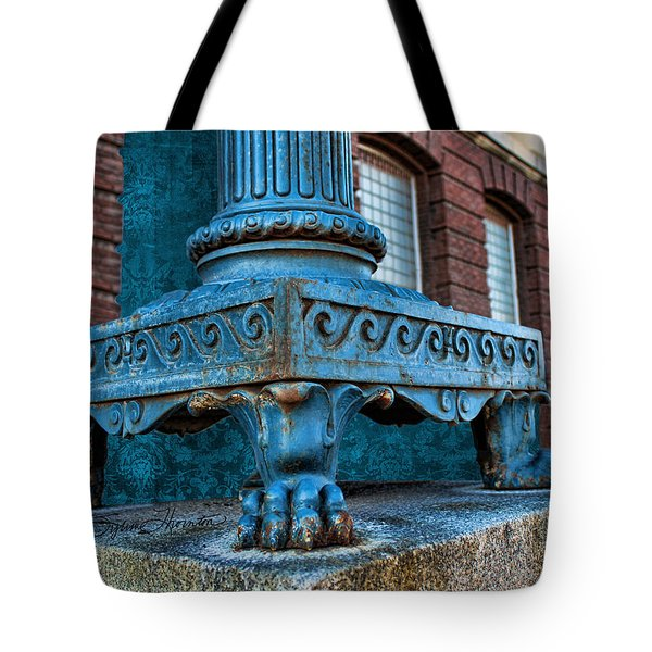 North Platte Post Office Lamp Post Tote Bag