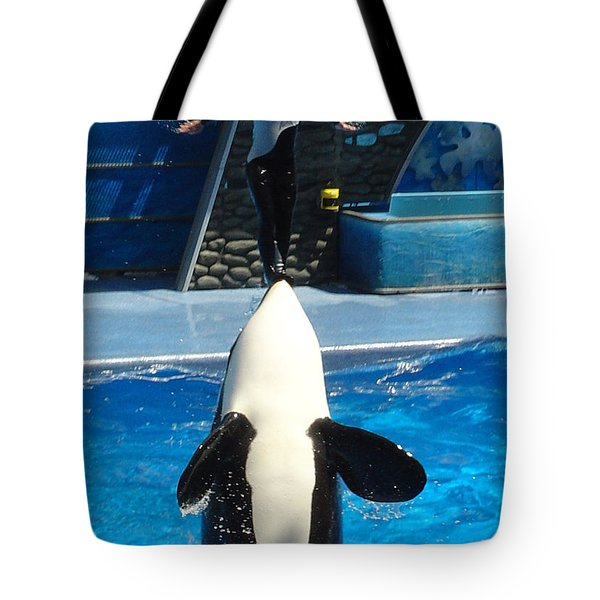 Tote Bag featuring the photograph Nose Dive by David Nicholls