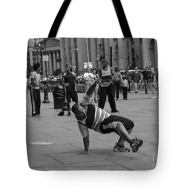 Tote Bag featuring the photograph Ny City Street Performer by Angela DeFrias