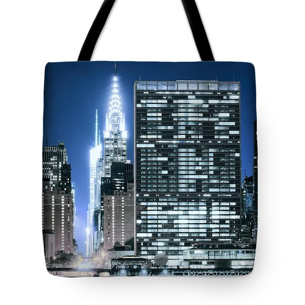 Tote Bag featuring the photograph Ny Sights by Theodore Jones