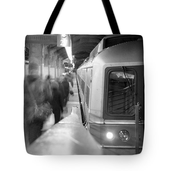 Metro North/ct Dot Commuter Train Tote Bag