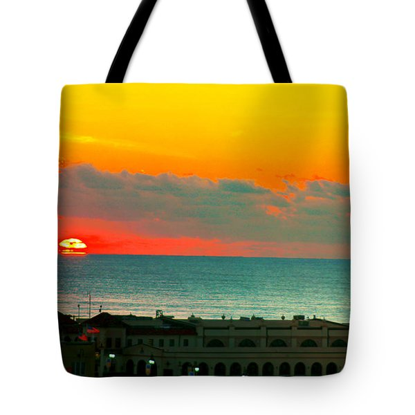 Ocean City Sunrise Over Music Pier Tote Bag