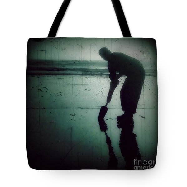 Tote Bag featuring the photograph Ocean Shores Clam Dig by Patricia Strand