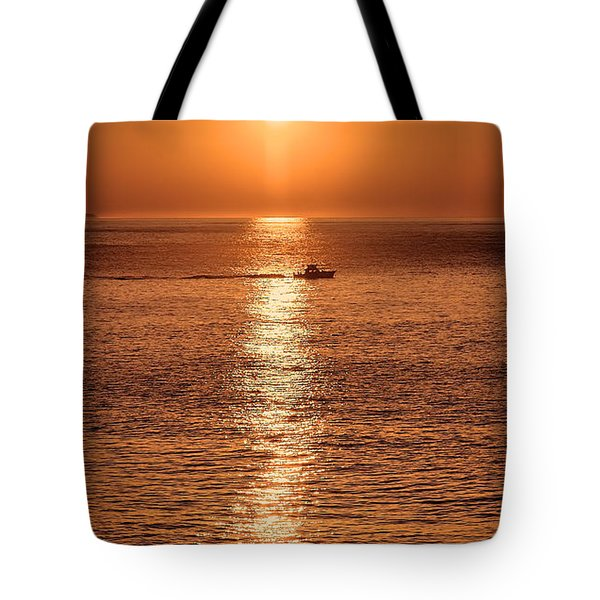 Ocean Sunrise At Montauk Point Tote Bag