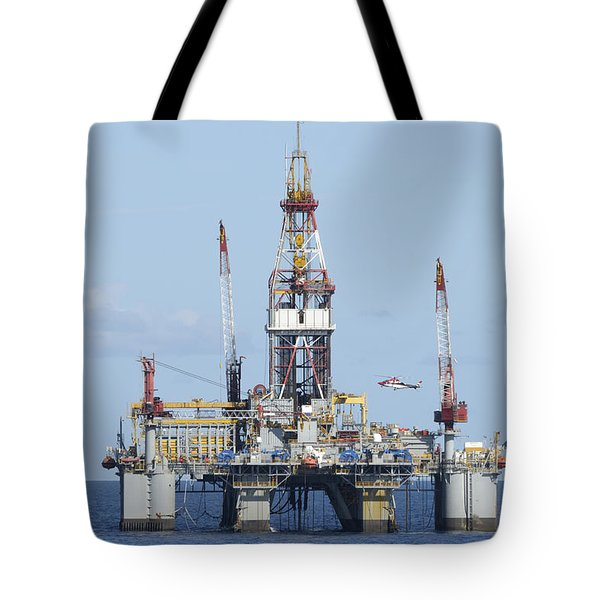 Oil Rig And Helicopter Tote Bag
