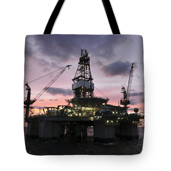 Oil Rig At Dawn Tote Bag
