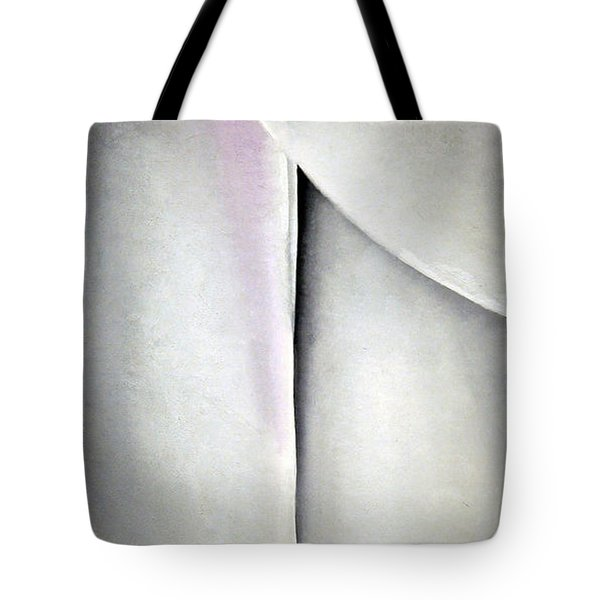 O'keeffe's Line And Curve Tote Bag by Cora Wandel