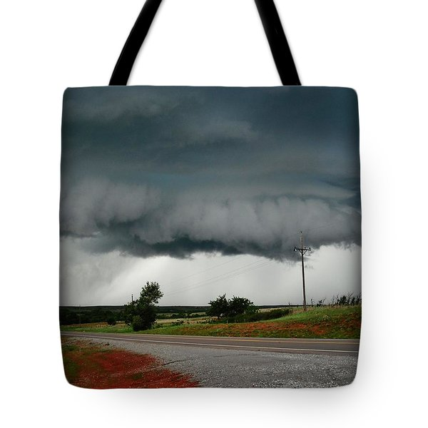 Tote Bag featuring the photograph Oklahoma Wall Cloud by Ed Sweeney