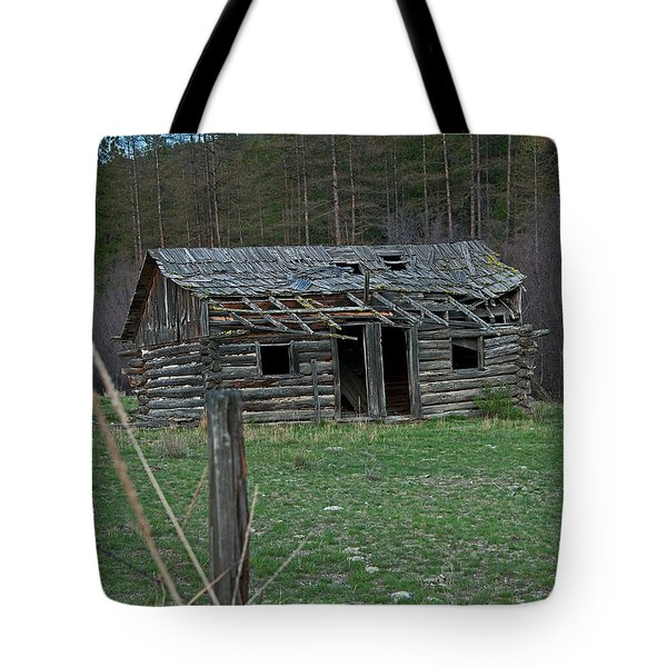 Tote Bag featuring the photograph Old Abandoned Homestead Cabin Art Prints by Valerie Garner
