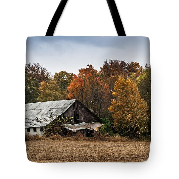 Tote Bag featuring the photograph Old Barn by Debbie Green