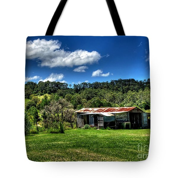 Old Barn In Lush Green Countryside Tote Bag by Kaye Menner