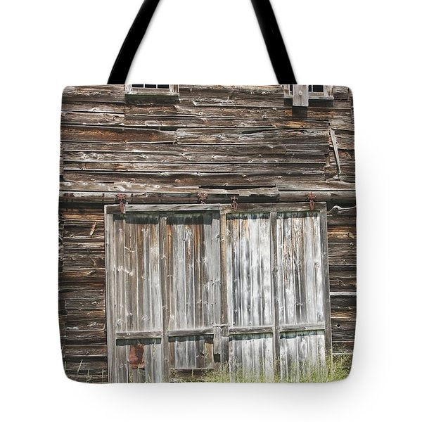 Old Barn In Maine Tote Bag by Keith Webber Jr