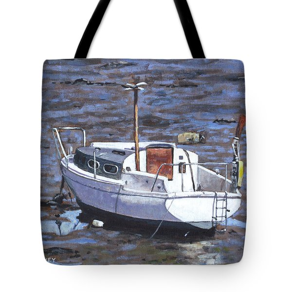 Old Boat On River Mudflats 1 Tote Bag by Martin Davey