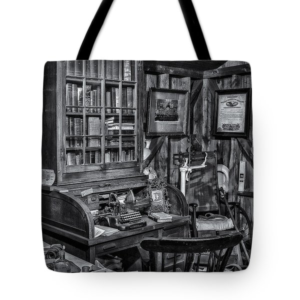 Old Fashioned Doctor's Office Bw Tote Bag by Susan Candelario
