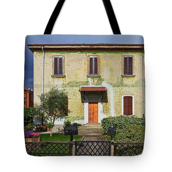 Old House In Crespi D'adda Tote Bag