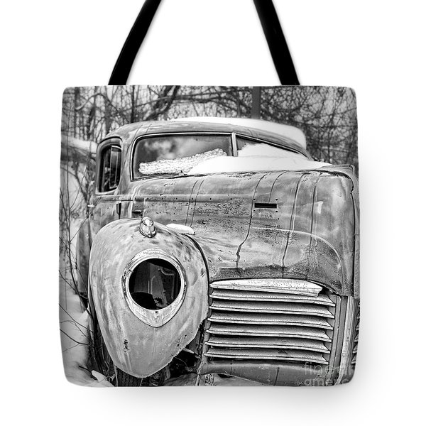 Tote Bag featuring the photograph Old Hudson In The Snow Black And White by Edward Fielding
