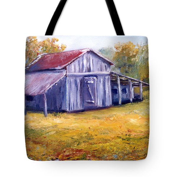 Old Louisiana Barn In Pasture Landscape Tote Bag