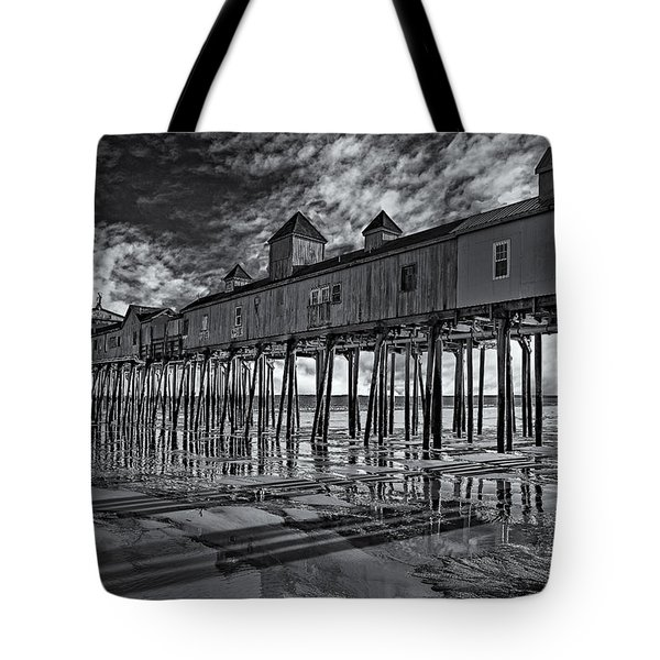Old Orchard Beach Pier Bw Tote Bag