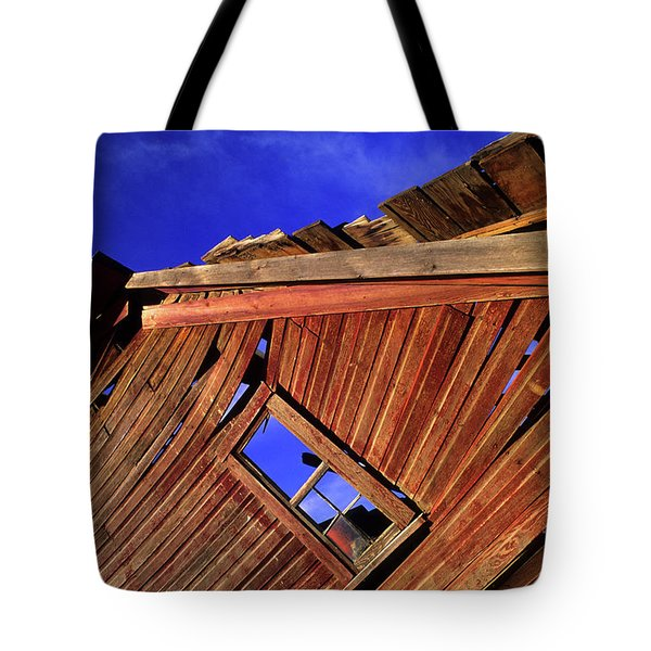 Old Red Barn Tote Bag by Bob Christopher