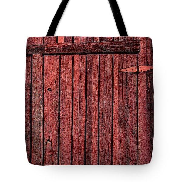 Old Red Barn Door Tote Bag by Garry Gay