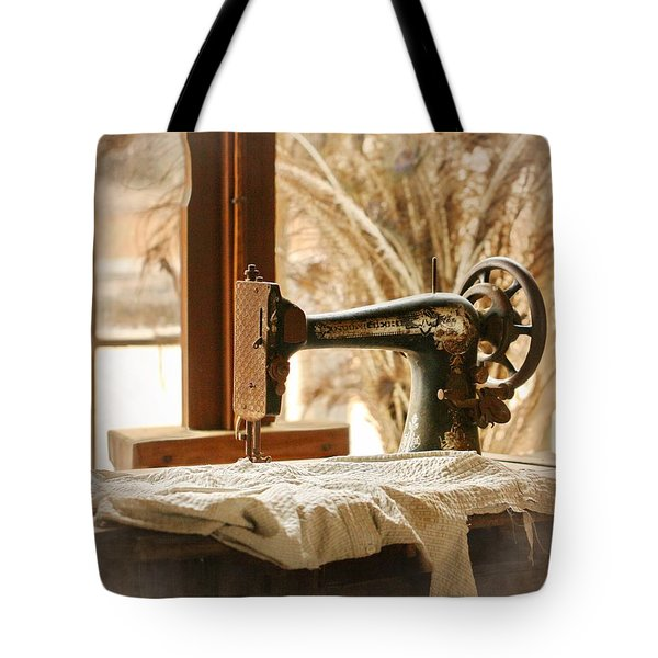 Old Sewing Machine Tote Bag