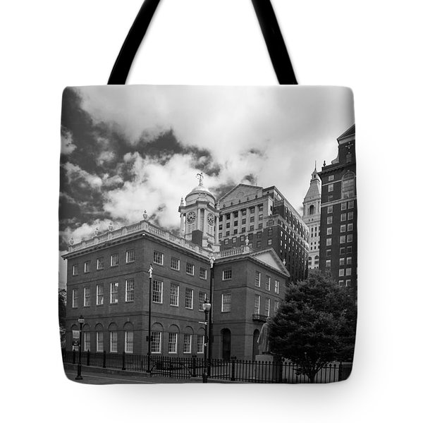 Old State House 15568b Tote Bag