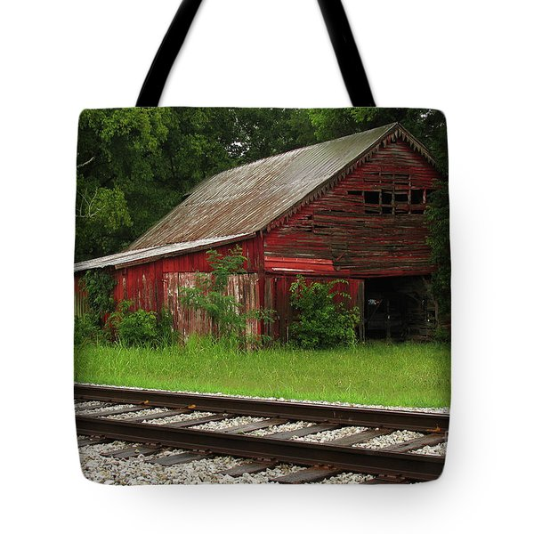 On A Tennessee Back Road Tote Bag