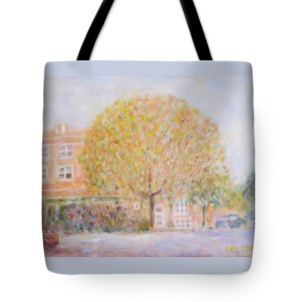Leland Avenue In Chicago Tote Bag
